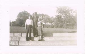 Minnie and Jess Sanders with Albert Sanders